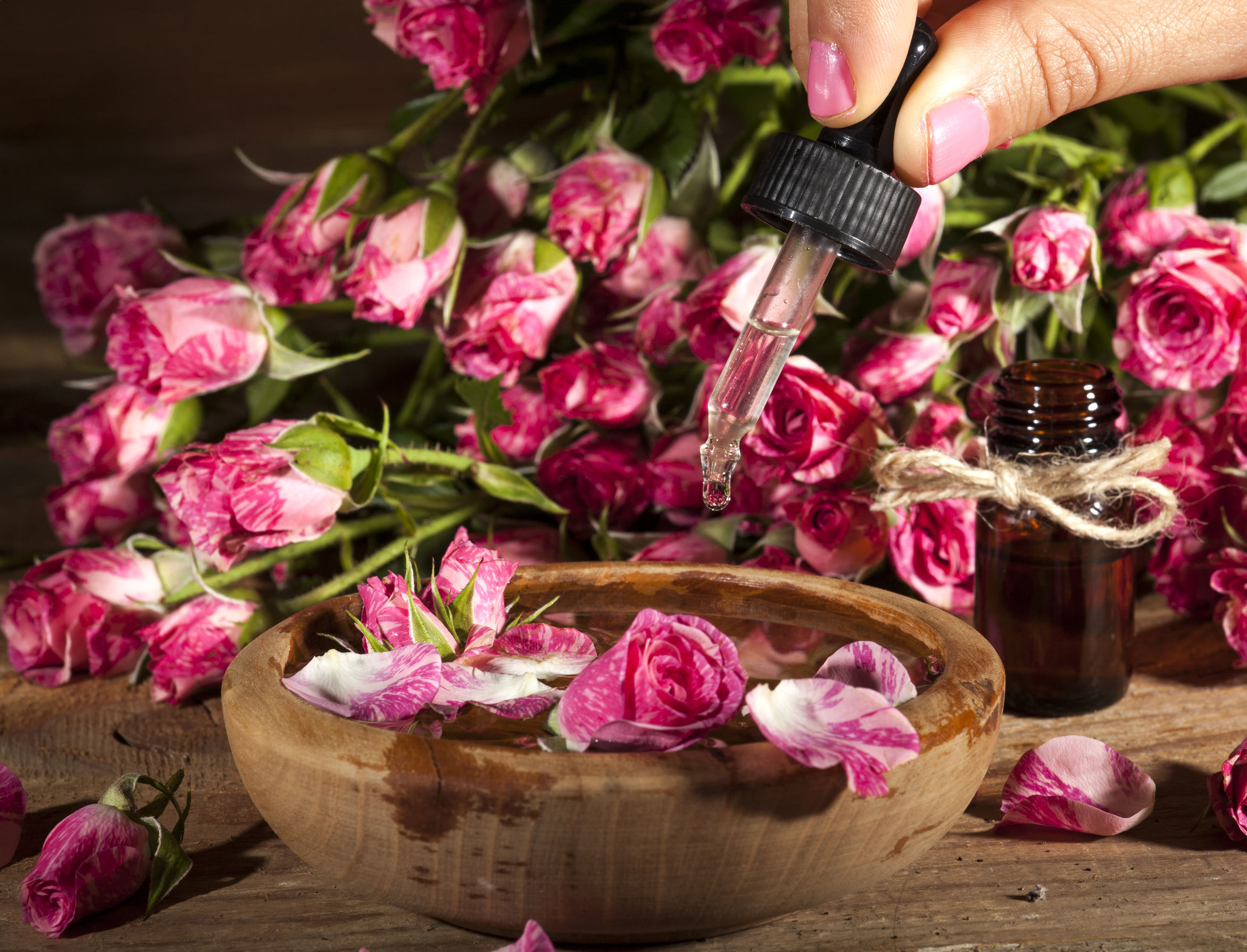 Best Rose Water 2020: Shopping Guide & Review