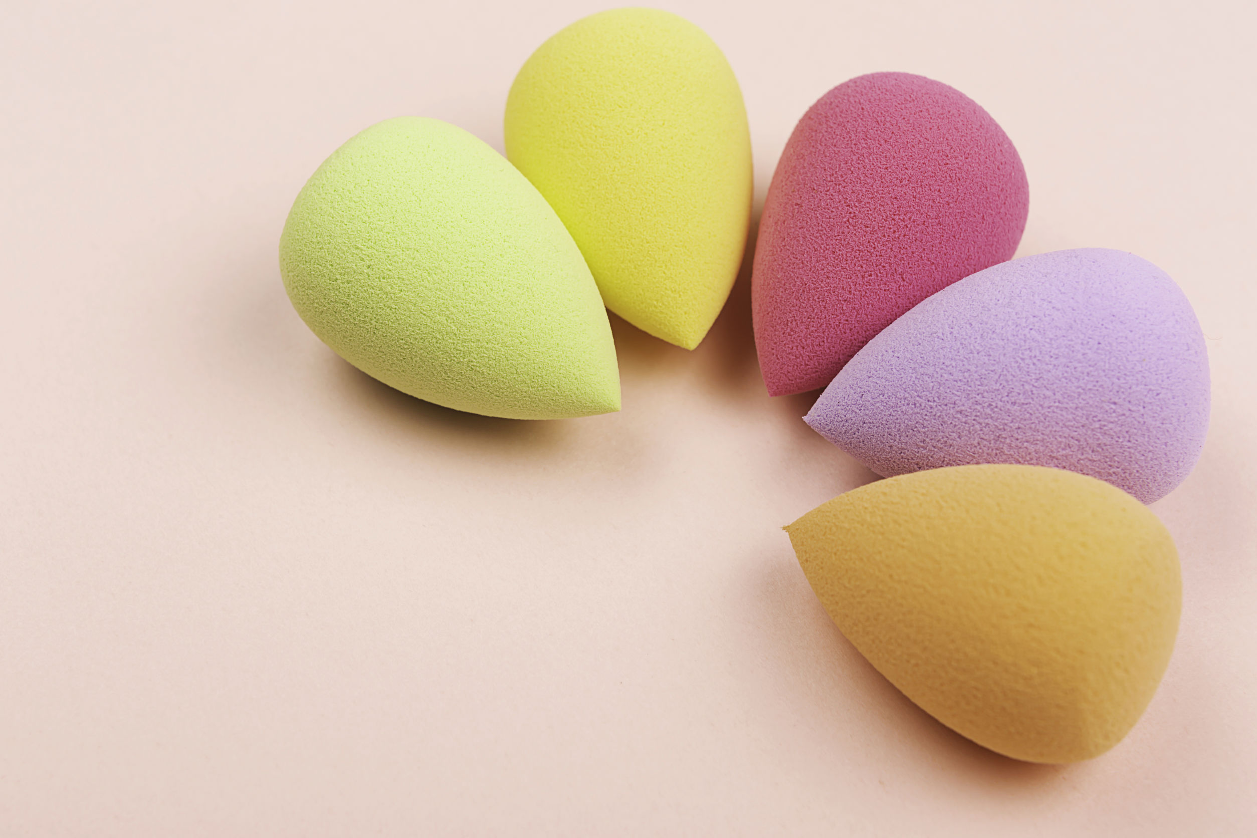 Best Beauty Blender 2020: Shopping Guide & Review