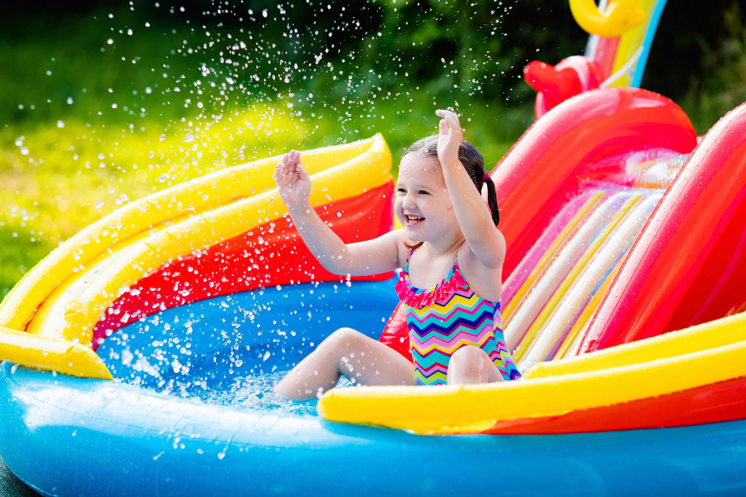 Best Inflatable Pool 2021: Shopping Guide & Review
